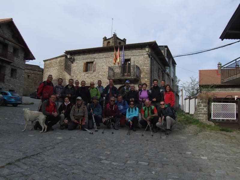 Recorrimos una nueva etapa del GR15 entre Yésero y Aso de Sobremonte. Sábado 15 de Abril.