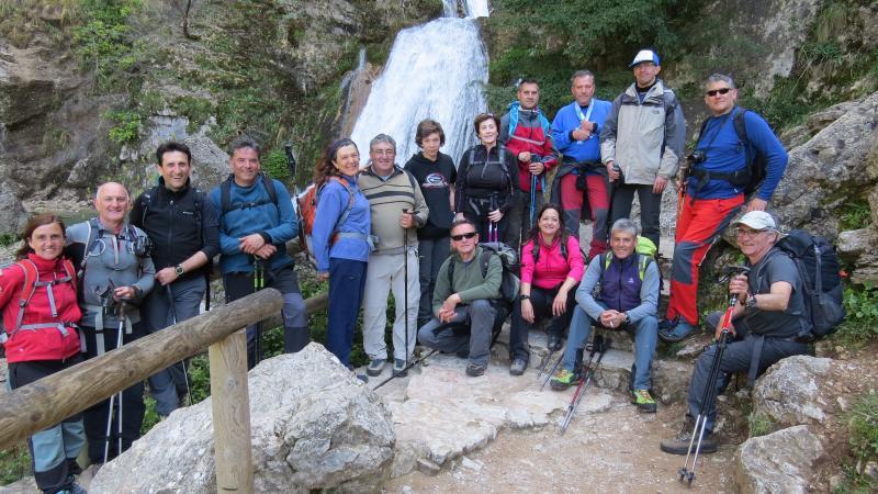 Recorrimos el Parque Natural de los Calares del río Mundo y de la Sima (Albacete). 29,30 de abril y 1 de mayo