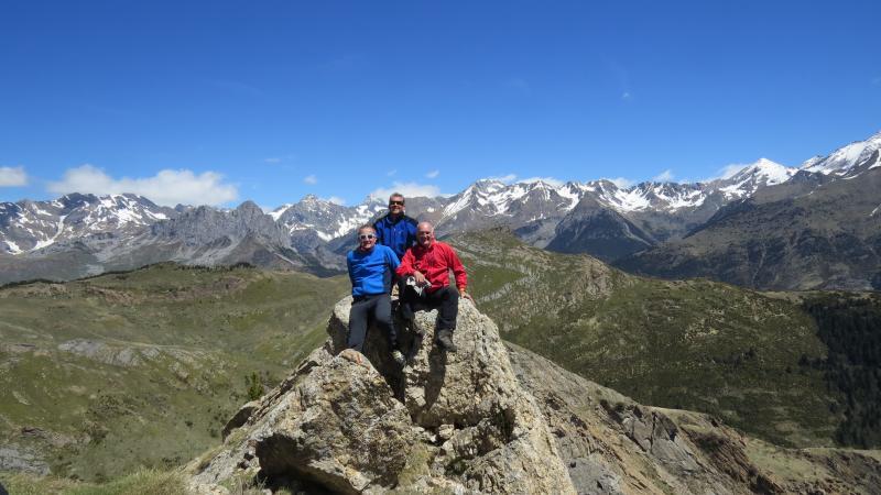 Cima del pico Cochata (1.908 mts) con el Pacino detrás.