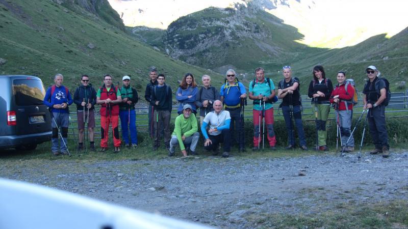 Foto de grupo a la salida de la excursión