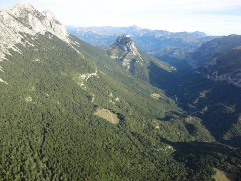 Travesía otoñal cara norte Sierra Ferrera con el CER de Graus (Viu a Laspuña). Domingo 22 de Octubre