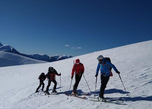 Finalizado el Curso de Iniciación al Esquí de Montaña. 2, 3, 16 y 17 de Diciembre
