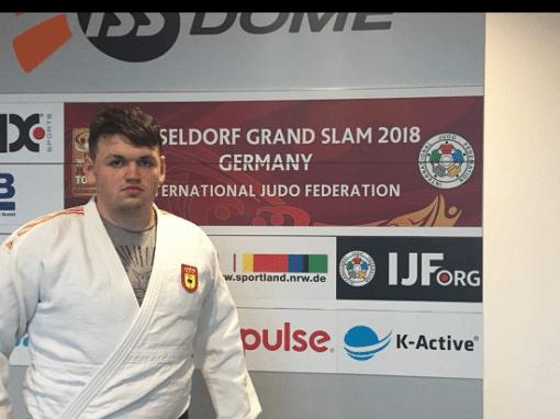 Irinel Chelaru trabajando para conseguir puntos y mejorar en el Ranking Mundial de Judo.