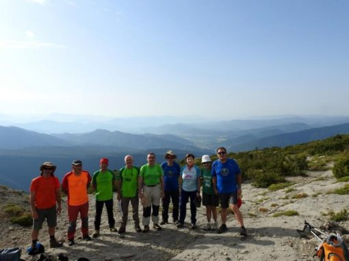 Un año más cumplimos con la tradición de ascender a la cima del Nabaín. Sábado 15 de Julio.