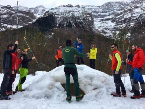 Jornada de Seguridad y Primeros Auxilios en la Nieve. Sábado 9 de Febrero.