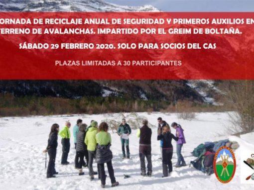 Jornada de reciclaje anual de seguridad y primeros auxilios en terreno de avalanchas.