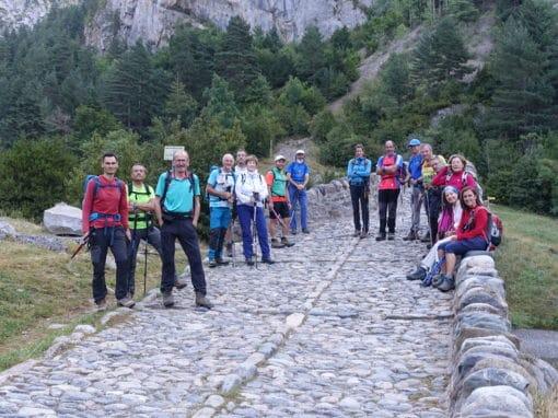 Salida senderista al IBON DE BERNATUARA (2.275 M.) Y PICO DE BERNATUARA (2.516 M.). Sábado 21 de Agosto de 2021